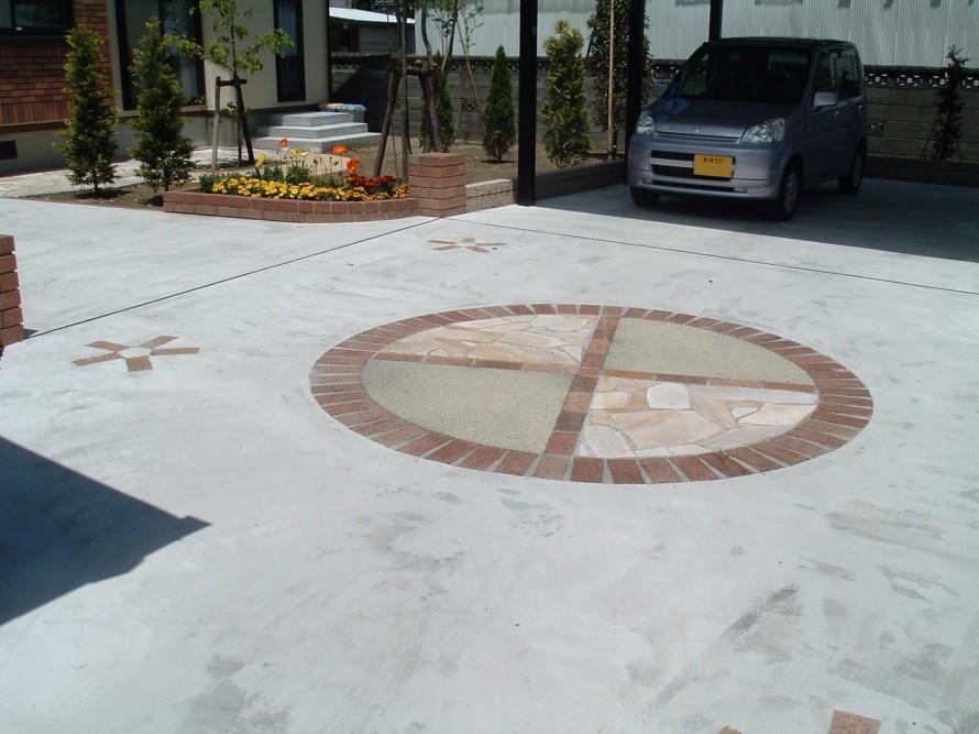 床に遊びを入れたデザインで 新潟市 S様邸