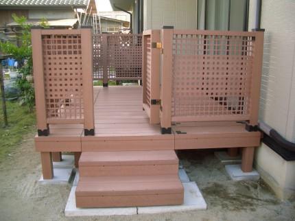 組み立て簡単!木樹脂のウッドデッキ 新潟市K様邸
