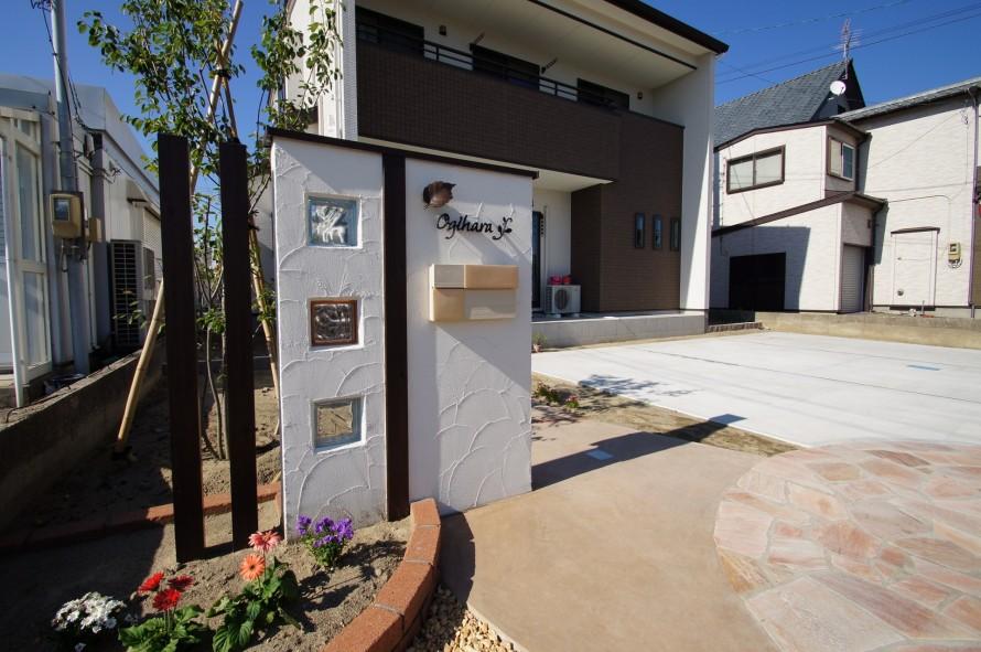 家の外観を門柱・門壁が魅せる外構で 新潟市西区 O様邸