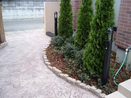 スタンプコンクリートで統一した門構え 新潟市  A 様邸