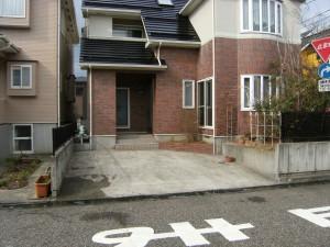 建物に合わせた素敵なゲートのあるエクステリア 新潟市 T様邸