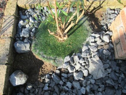 土留め石設置
